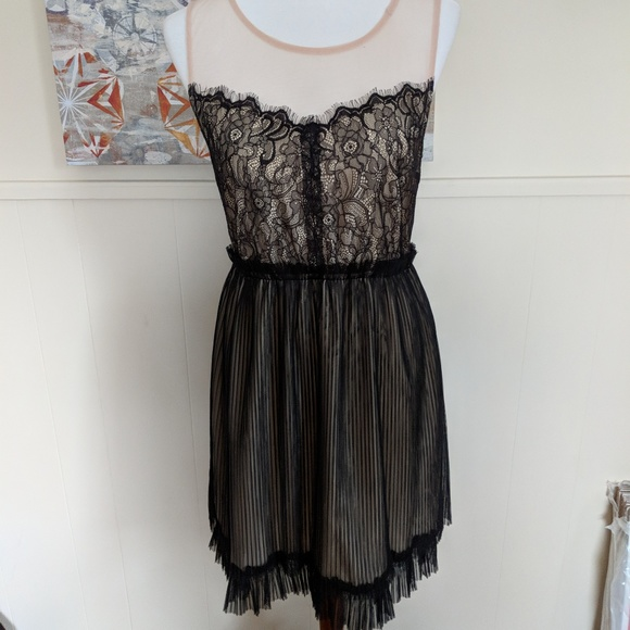 9164f59323d6 A'Reve Dresses | Areve Black And Nude Lace Dress Sz Large Bnwt ...